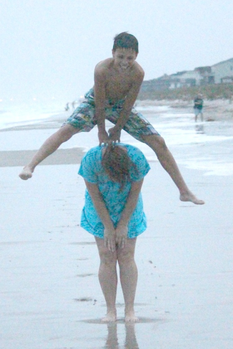 d-jumping-mom