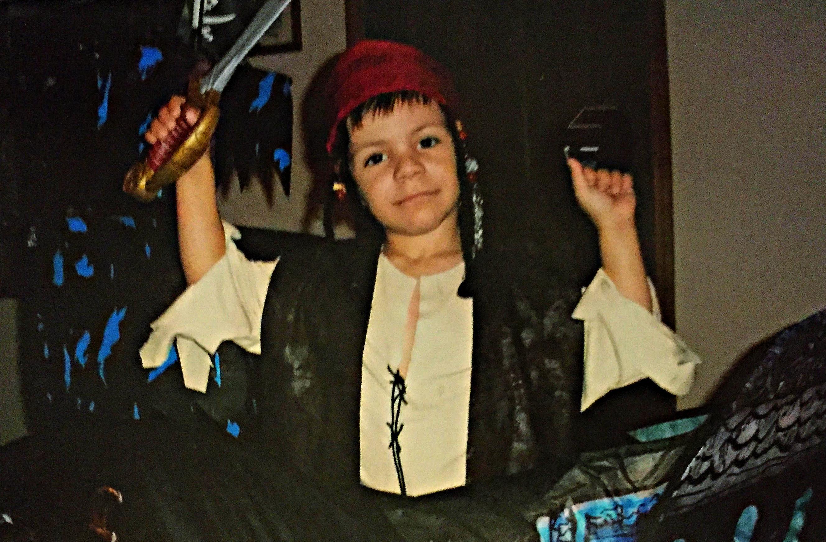 D pirate in boat