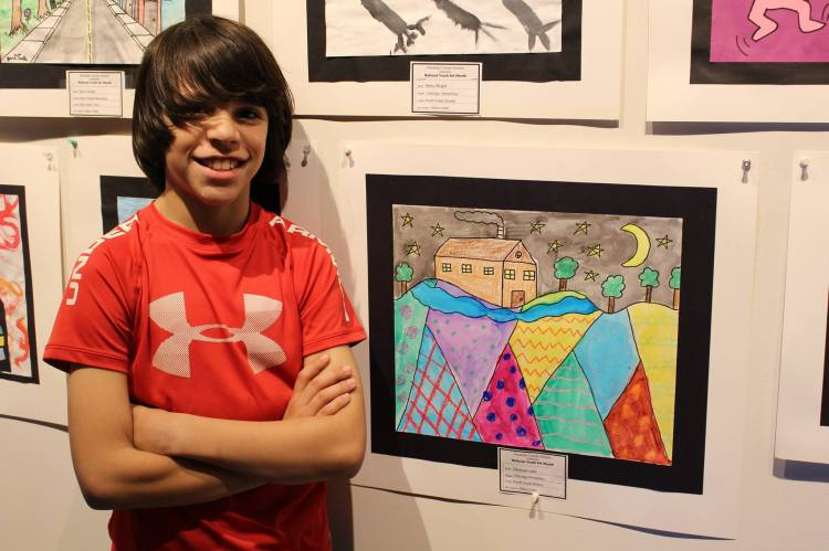 D with displayed art